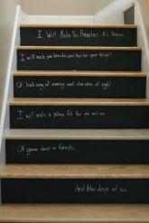 decoracion-escaleras-con-pintura-pizarra